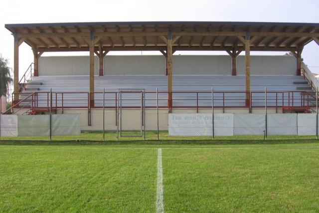 Tribuna coperta - Agosto 2006